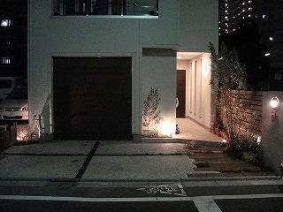 ウッディガレージシャッター施工例 東京都S様邸